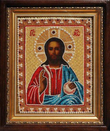 Икона Спасителя старинная в вышитом окладе